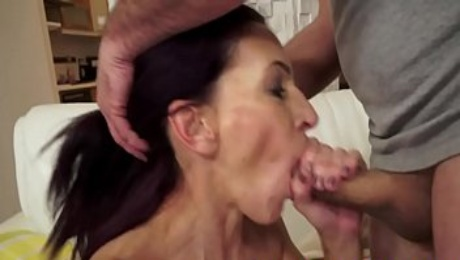 Euro granny slammed and jizzed in mouth